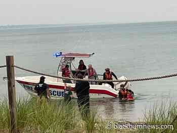 Busy day on the water for Sarnia and Point Edward marine units - BlackburnNews.com
