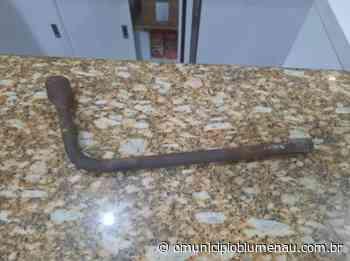 Chave de roda é usada para arrombar e furtar restaurante em Indaial - O Município Blumenau