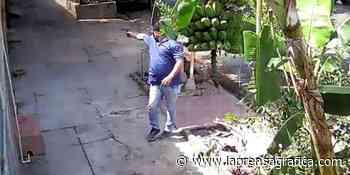 Cámaras de seguridad captan disparos en asalto en Zacatecoluca - La Prensa Gráfica