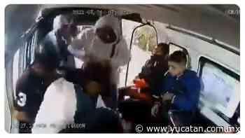 """""""¡Ya, por favor!"""", grita la mujer durante asalto a mano armada en una combi (vídeo) - El Diario de Yucatán"""