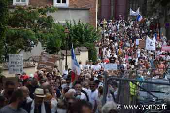 """Manifestation anti-pass sanitaire à Auxerre : """"On résistera le plus longtemps possible !"""" - Auxerre (89000) - L'Yonne Républicaine"""