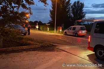 Politie zoekt met helikopter in Herk-de-Stad nadat getuigen neergestorte paramotor lijken te zien