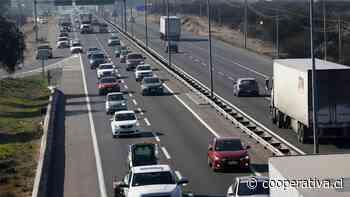 Primer fin de semana sin cuarentena desde marzo: Más de 210.000 vehículos salieron de la Región Metropolitana