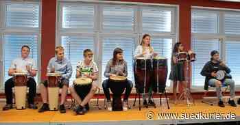 Warmherzige Schüler-Verabschiedung in Pfullendorfer Kasimir-Walchner-Schule | SÜDKURIER Online - SÜDKURIER Online