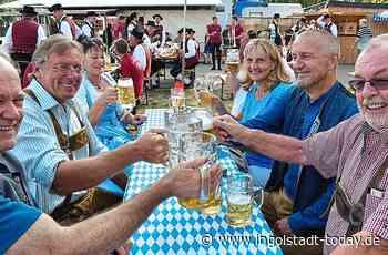 Anstoßen auf den Sommerpark - Ingolstadt-Today.de