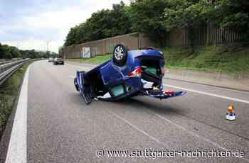 Unfall in Weinstadt - Auto prallt gegen Betonmauer - Stuttgarter Nachrichten