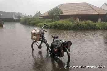 """Nieuwpoort moet 60 liter water in uur tijd slikken: """"Nooit meegemaakt dat deze wijk onder water staat"""""""