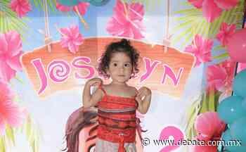 Divertida fiesta polinesia disfruta la pequeña Joselyn Vega - Debate