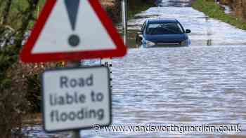 London flooding: Hospitals ask patients to stay away