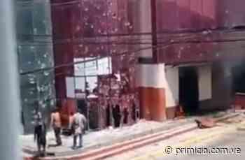 Incendio en la alcaldía de Chivacoa durante protesta (+Videos) - primicia.com.ve