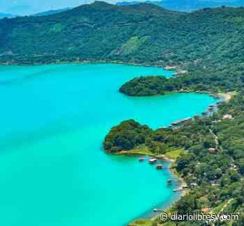 Lago de Coatepeque luce color turquesa nuevamente - Diario Libre