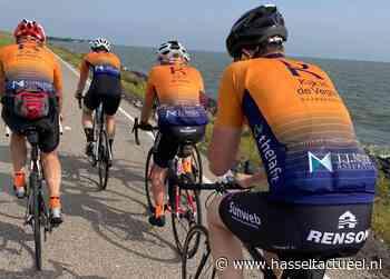 Hasselter wielrenners ronden het Markermeer - Hasselt Actueel