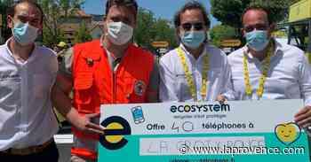 Carpentras : 37 téléphones distribués aux plus démunis - La Provence