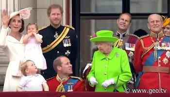 Queen scolds Prince William publicly: Old video resurfaces - Geo News