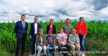 Abensberg hat zwei neue Bänke bekommen - Region Kelheim - Nachrichten - Mittelbayerische