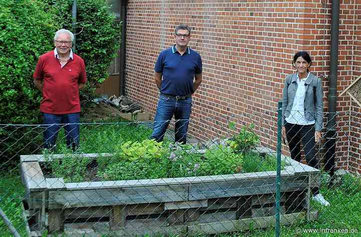 Siedlervereinigung Kitzingen spendiert Insektenhotel