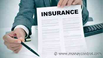 Govt to do away with clause mandating it to hold majority stake in insurance companies: Report