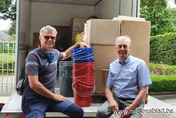 Familie Bobbejaan Schoepen schenkt vrachtwagen met schoonmaakmaterialen aan slachtoffers watersnood