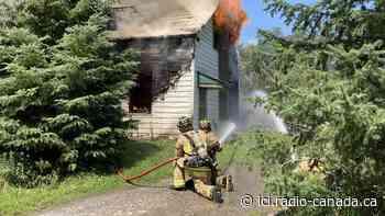 Trois blessés après un incendie sur le chemin Malakoff à Ottawa - ICI.Radio-Canada.ca