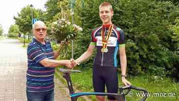 Radsport Deutsche Meisterschaft: Junior aus Templin macht nach Erfolgswelle mit dem RSC Cottbus kurz Pause - moz.de