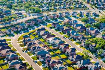 Covid suburban dash comes to an end as US home sales drop for third straight month