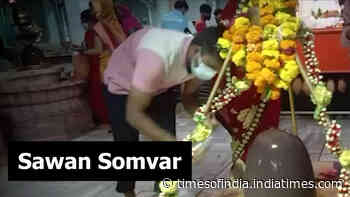Indore: Large number of devotees throng temples on first Monday of 'Sawan'