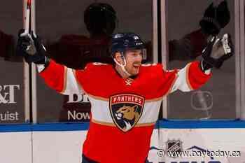 Panthers sign Sam Bennett to 4-year deal; Sam Reinhart next?
