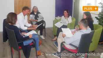 Hospizverein Neuburg bildet ehrenamtliche Helfer aus