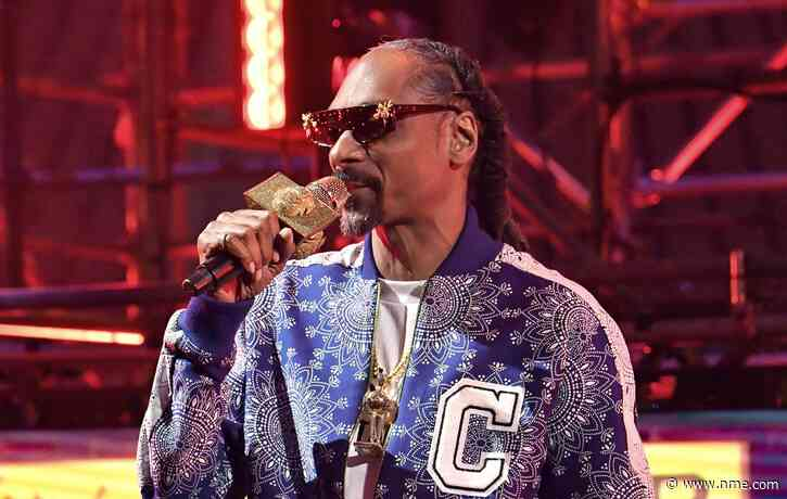 Snoop Dogg thanks fans as mother's health battle continues