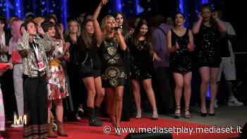 Jo Squillo: Premio Fiuggi Sound - Modamania Video | Mediaset Infinity - Mediaset Play