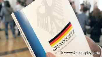 Im Zweifel für den Zweifel: Brandenburg überarbeitet Pläne für Verfassungstreue-Check im öffentlichen Dienst - Tagesspiegel