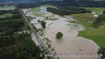 Schwere Unwetter setzen Teile Bayerns unter Wasser