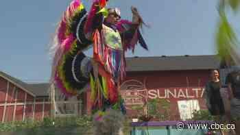 Kainai fancy dancer's regalia stolen from car in Calgary