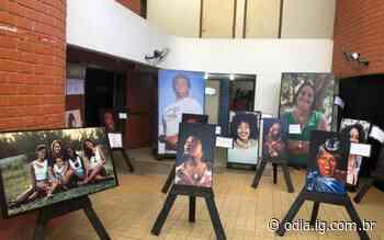 Exposição fotográfica homenageia mulheres negras de Arraial do Cabo - O Dia