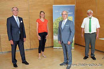 AOK Aschaffenburg ehrt Lothar Schmitt und Dieter Eser - Main-Echo