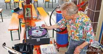 Von Nylon bis zu Rolling Stones - Freilichtmuseum feiert die 60er   Lokale Nachrichten aus Detmold - Lippische Landes-Zeitung
