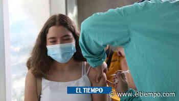 En Sabaneta, Antioquia, ya vacunan a personas desde los 12 años - El Tiempo
