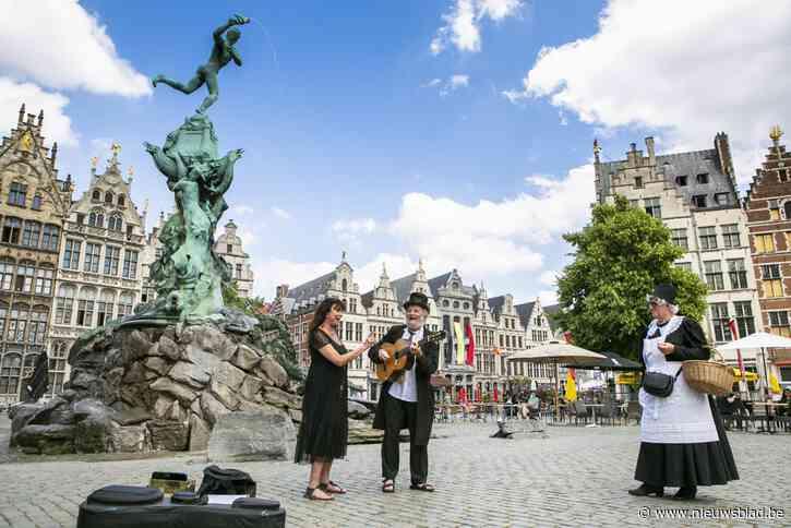 """Met Dille naar Antwerpen: """"Geef toe, als Gent de Schelde had tegengehouden, was er niets in Antwerpen"""""""