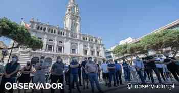 """""""SOS Restaurantes"""": empresários da restauração manifestam-se em silêncio no Porto e pedem o fim de medidas restritivas - Observador"""