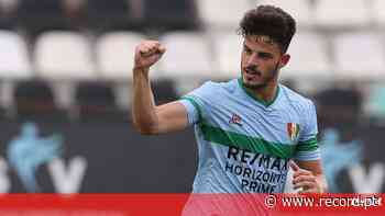 Defesa central do Estrela da Amadora a caminho do FC Porto - Record