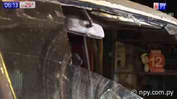 Conductor pierde el control y choca contra columna sobre Eusebio Ayala | Noticias Paraguay - NPY