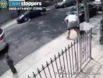 New York mugger thwarted in attack as his pants fall down
