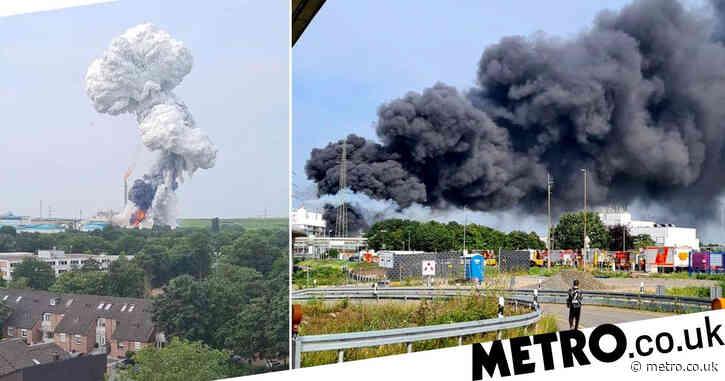 Explosion at chemical park sends huge black clouds over German city