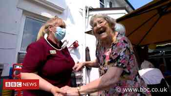 Covid: Care home residents thanks staff with garden party