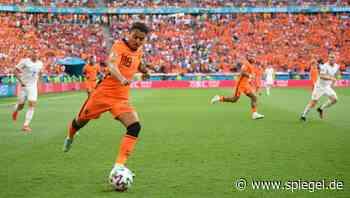 Fußball-Transferticker: Malen trainiert schon beim BVB mit, Hertha verpflichtet Jovetić - DER SPIEGEL