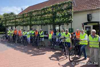 Neos Kinrooi fietst naar museum 'Terug in de tijd' - Het Belang van Limburg