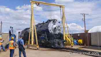 Historic Sante Fe 2926 steam locomotive rumbles back to life video     - CNET