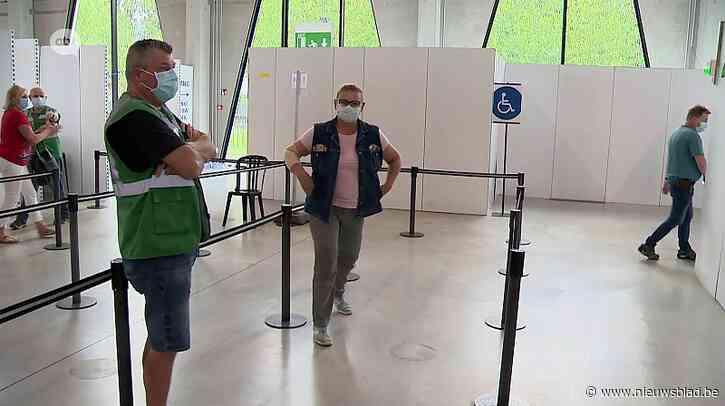 """Vaccinatiecentrum Rupelaar opent morgen op nieuwe plek: """"Hier krijgt de jeugd een prik"""""""