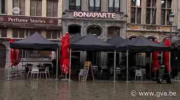 """Antwerpse horeca misnoegd omdat ze boetes riskeren voor partytenten: """"Parasol is toch net hetzelfde?"""" - Gazet van Antwerpen"""