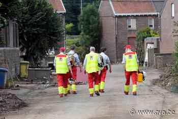 Nog nauwelijks crisisvrijwilligers ingezet, maar Rode Kruis belooft op te schalen naar 200 per dag 14.000 - Gazet van Antwerpen